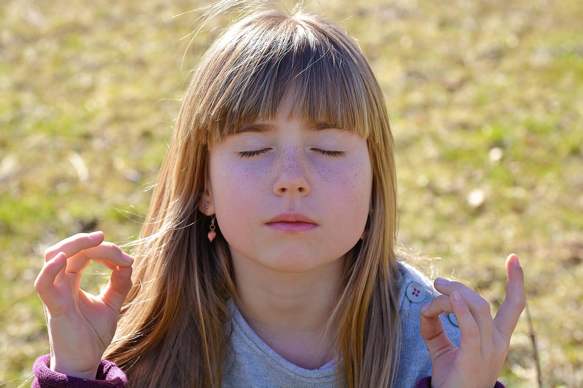 meditare per gestire le emozioni